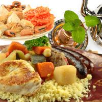 Menus et carte, voyagez autour d'une table orientale : grillades, poissons, salades